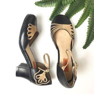NWOT📍Miz Mooz Elly Black and Tan Mary Jane Shoes